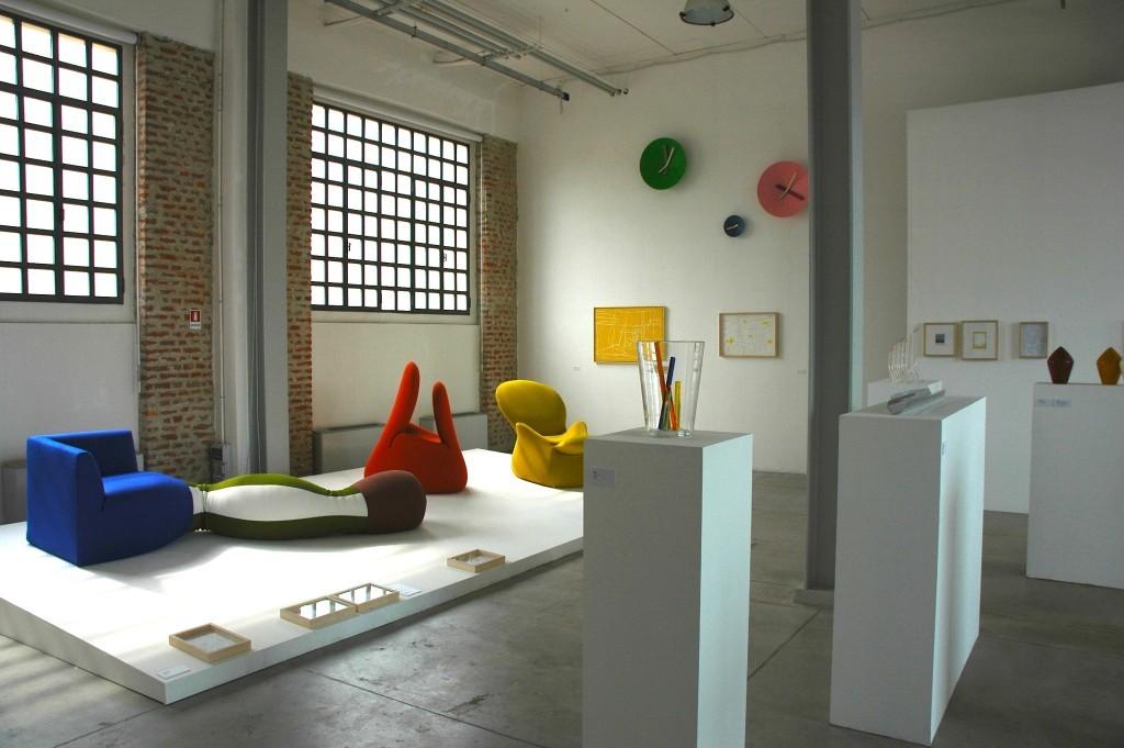 13_2010_Giovanni Levanti a cura di B.Finessi_ gallerie Careof_Via Farini_Fabbrica del Vapore Milano